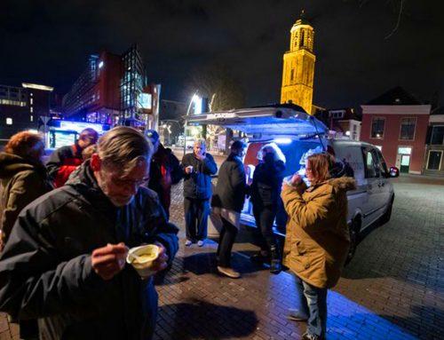 Leden van Noorderlicht tussen de dak en thuislozen in Zwolle